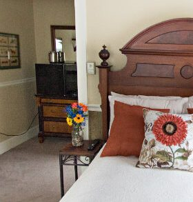 Poconos Guest Room Mountaintop Lodge